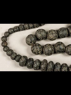 42 perles en terre cuite