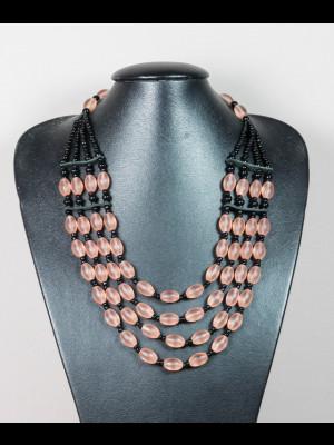 Collier 4 rangs de perles en verre