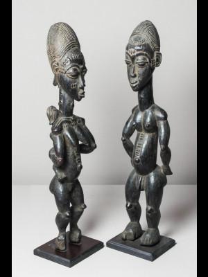 Magnifique couple de statuettes koulango (Côte d'Ivoire)