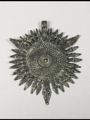 Grand pendentif gan en bronze