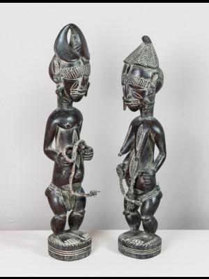Rare couple de statuettes djimini (Côte d'Ivoire)