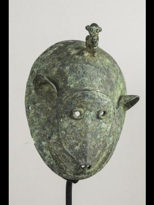 Rare masque bambara en alliage cuivreux