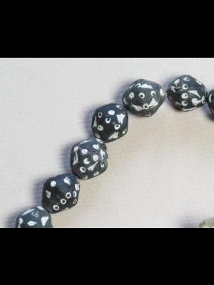 25 perles en terre cuite