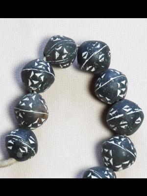 27 perles en terre cuite (Mali)