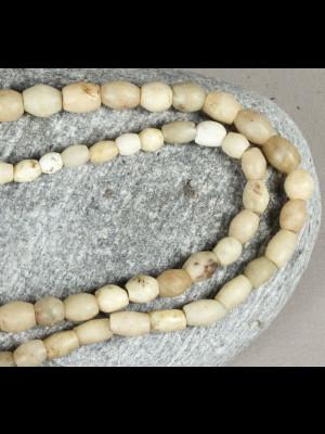 59 perles de fouille en pierre du Mali