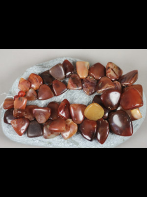 39 perles en cornaline anciennes