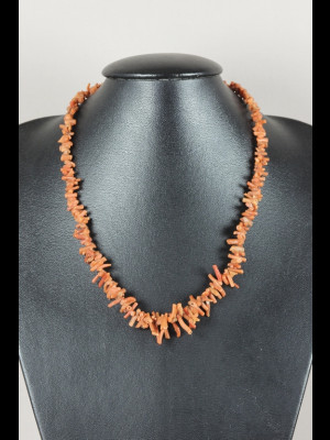 Collier perles en corail
