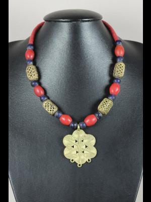 """Collier perles en laiton, pâte de verre, koffi, pendentif en laiton et 6 perles """"Loubia"""" anciennes"""