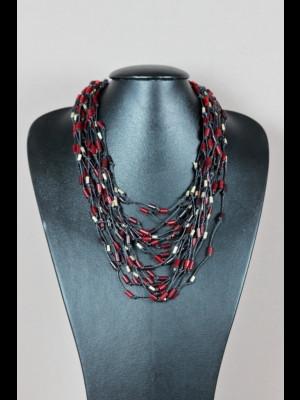 Collier fils de cuir, perles en pâte de verre et métal argenté