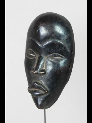 Masque miniature (passeport) dan