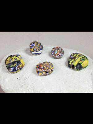 5 perles du Ghana en verre