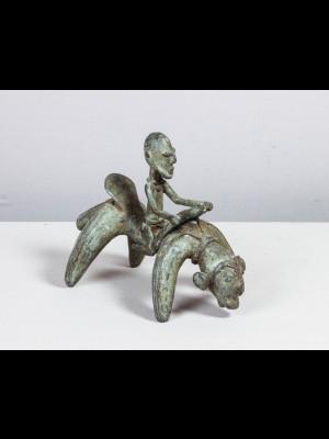 Chef dogon chevauchant un animal mythique (Mali)