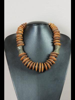 Collier perles anciennes de laiton et en os