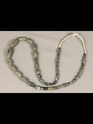 43 perles de fouille en pierre